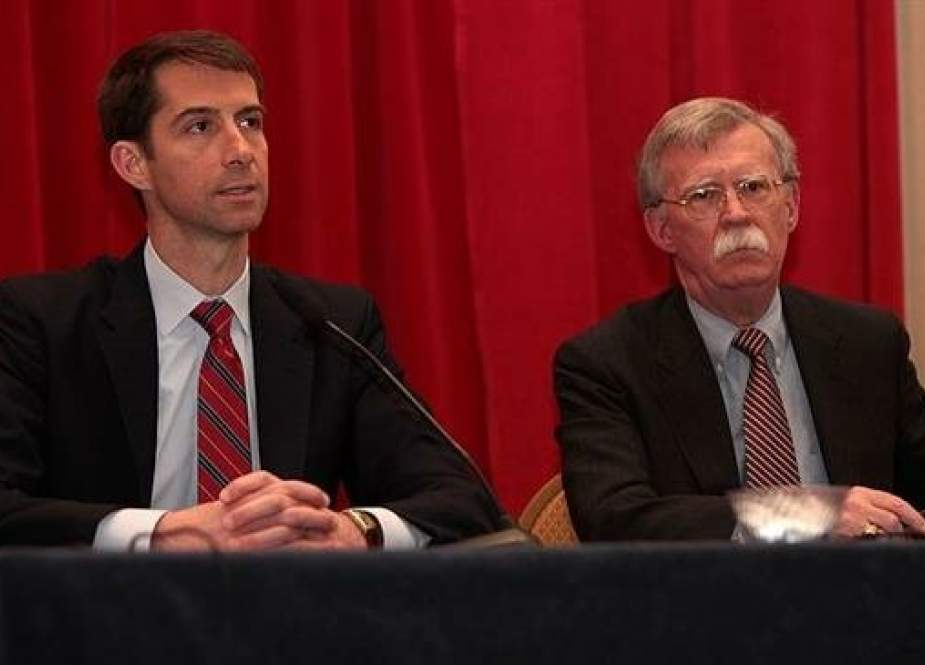 US Sen. Tom Cotton (L) and National Security Adviser John Bolton (File photo)