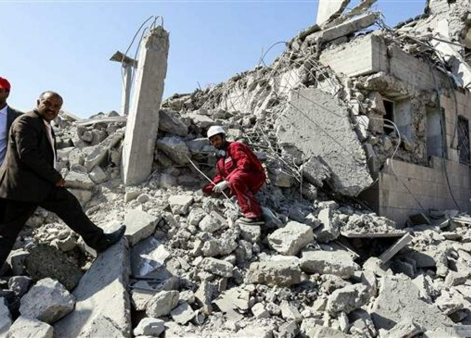 Rubble of a destroyed building in Dhamar District, south of Sana'a.jpg