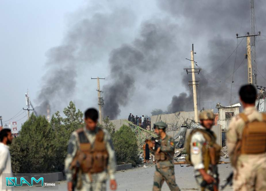 Missile attack targets the Afghan parliament