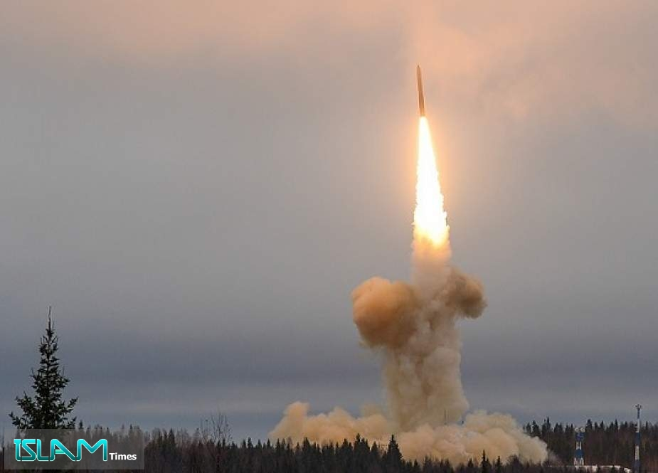 Putin Supervises Missile Launches in Nuclear Drills