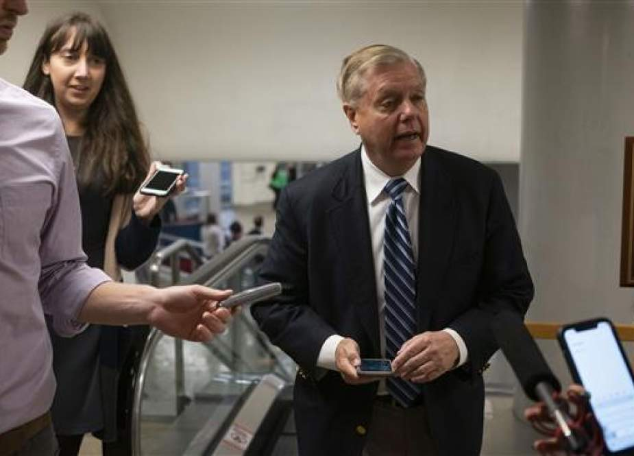 Senator Lindsey Graham (R-SC) talks with reporters at the US Capitol Washington DC.jpg