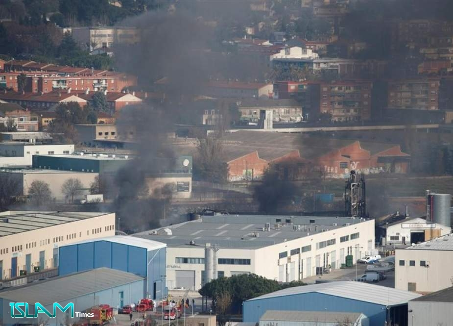 Chemical Plant Fire in Spain Forces Authorities to Evacuate Area