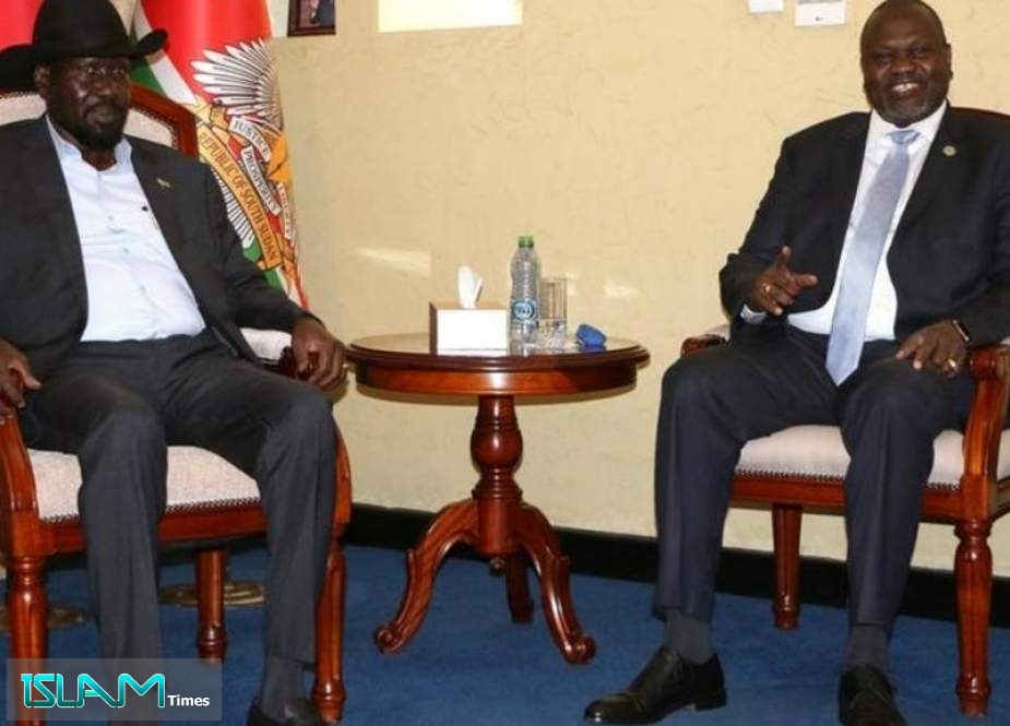 South Sudan Rivals Agree to Form Unity Government
