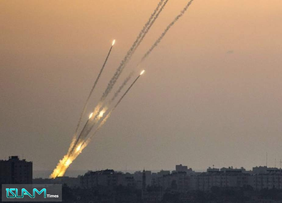 Dozens of Missiles Fired at Zionist Settlements Near Gaza Strip