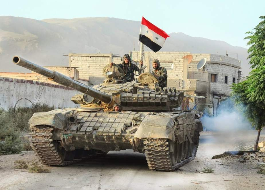 Syrian tank and soldiers.jpg