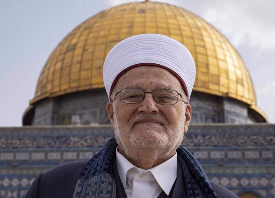 Sheikh Ekrima Sa'id Sabri, the preacher of the Al-Aqsa Mosque and former Grand Mufti of Jerusalem al-Quds.jpg