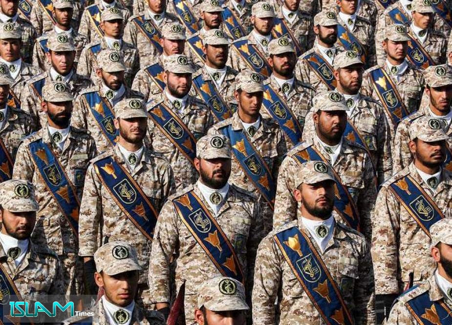 Iranian Army, IRGC Ready to Give Decisive Response to Any Threat