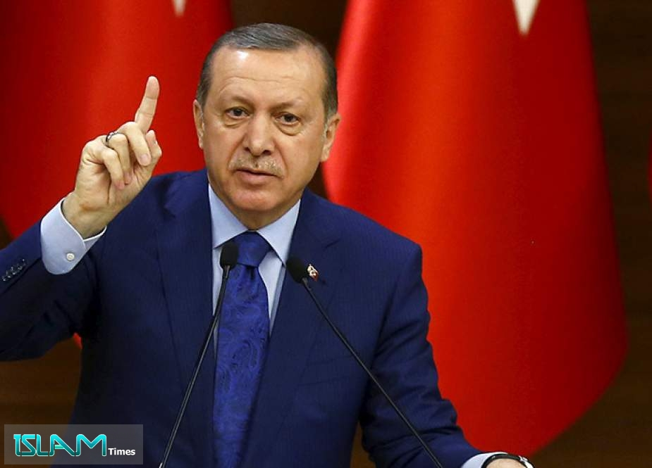Erdogan Vows to Give Greece 'Answer It Deserves' over East Med dispute