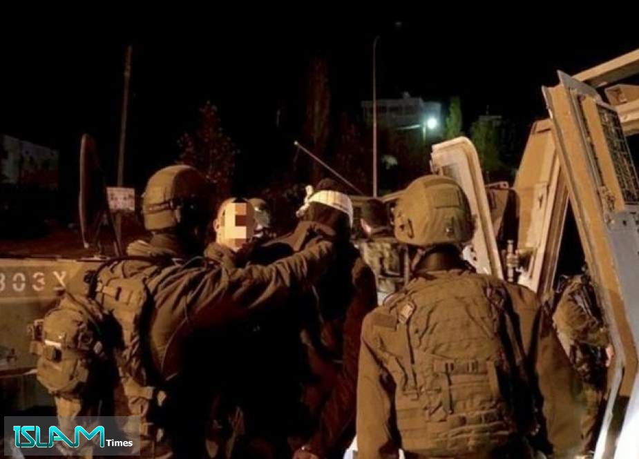 «Israel» Detains Child in Night Raid in Occupied WB