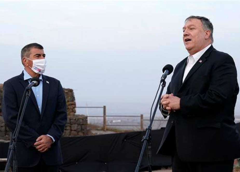 US Secretary of State Mike Pompeo and Israeli Foreign Minister Gabi Ashkenazi in the Israeli-occupied Golan Heights.jpg