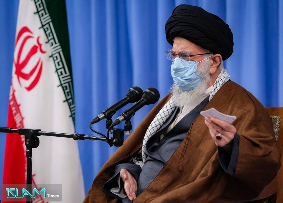 Ayatollah Khamenei: Collective Effort, Innovation Keys to Overcome Sanctions