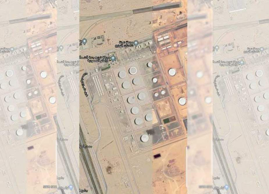 Saudi Aramco petroleum products distribution plant in the port city of Jeddah.jpg