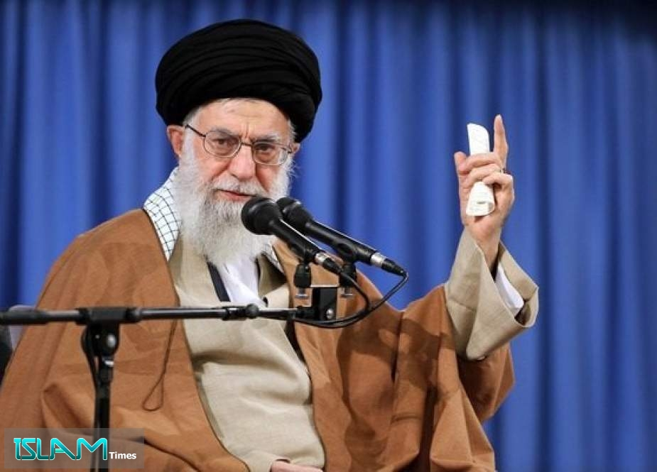 Ayatollah Khamenei Commands Holding Criminals of Martyr Fakhrizadeh's Assassination Accountable, Vows Punishment