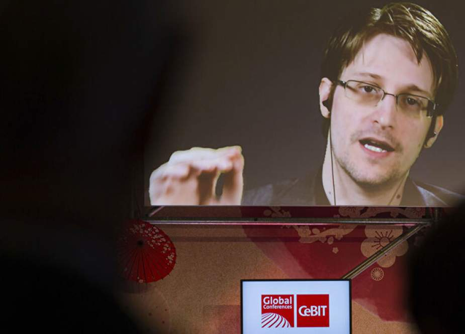US whistleblower Snowden to apply for Russian Citizenship soon.jpg