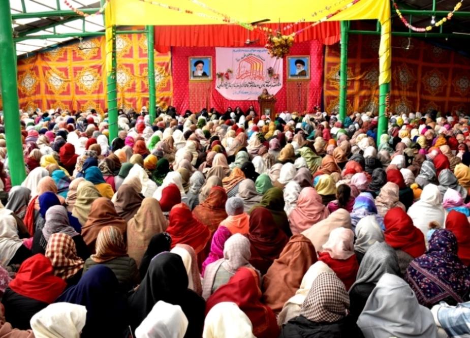 اعتماد یادبود امام خمینی (ره) جشن های میلاد فاطمه زهرا (س) و روز مادر را در کارگیل کشمیر برگزار می کند