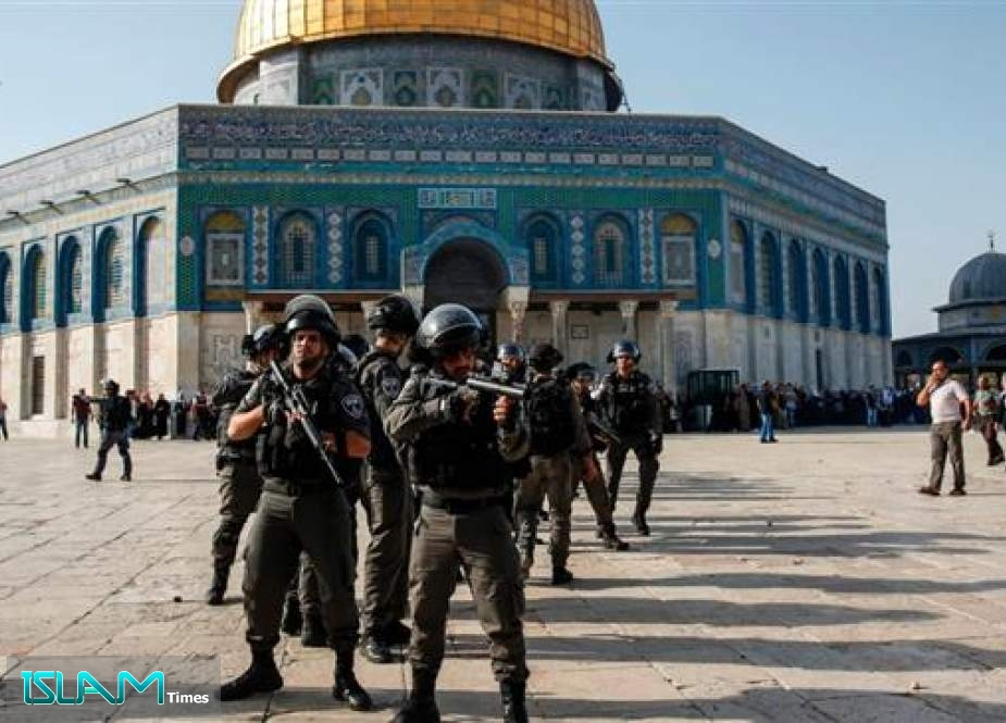 Grand Mufti of Egypt Warns against Israel Plots to Judaize al-Quds